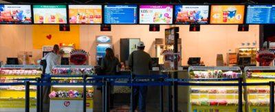 Cinesa-ha-transformado-la-zona-de-restauración-de-sus-establecimientos-con-la-cartelería-digital