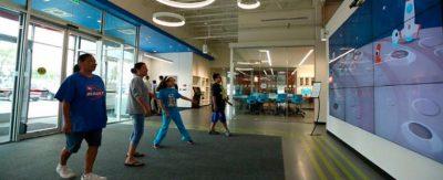 La-biblioteca-pública-de-Nebraska-reinventa-la-experiencia-de-bienvenida